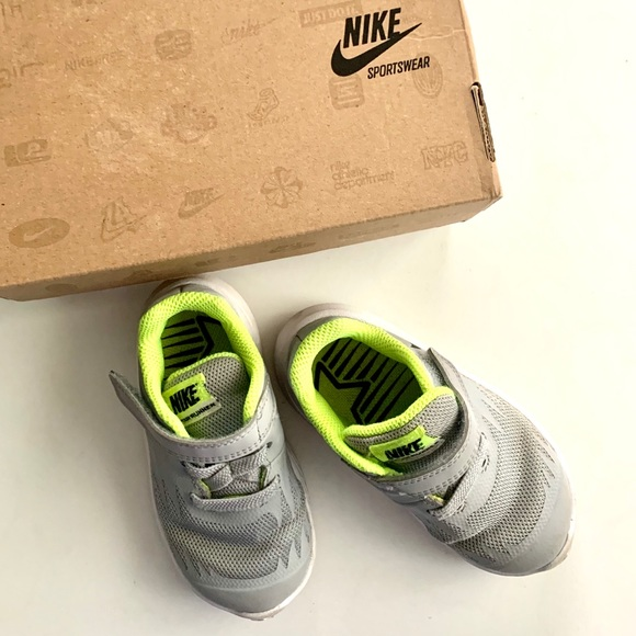 Nike Shoes   Nike Boy Toddler Gray